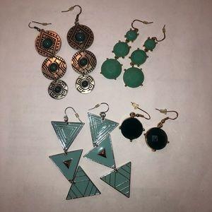 Set of 4 teal earrings!